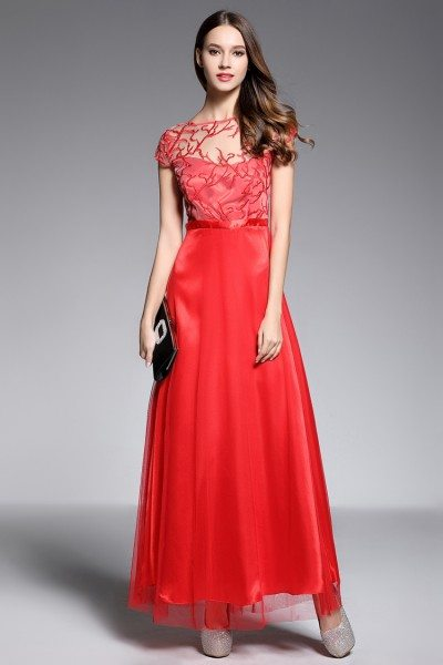 Red Embroidery Short Sleeve Long Dress