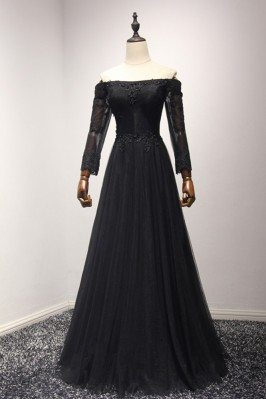 Classic Black Long Tulle...