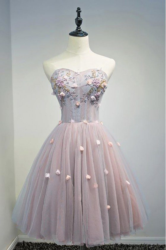 Gorgeous Pink Tulle Short Homecoming Party Dress With Petals Flowers