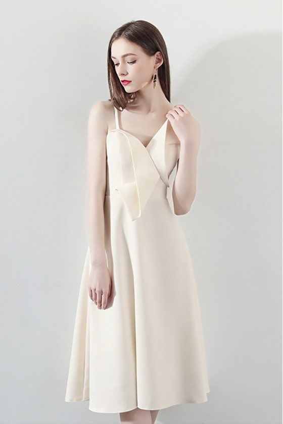 Pretty Champagne Bow Knot Homecoming Dress with Straps