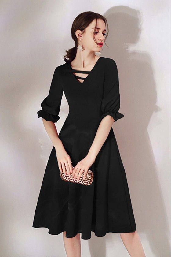Simple Black Knee Length Party Dress With Half Sleeves