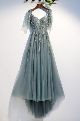 Flowy Long Tulle Prom Dress...