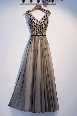 Long Tulle Aline Prom Dress Black Vneck With Flowers - MYS69086