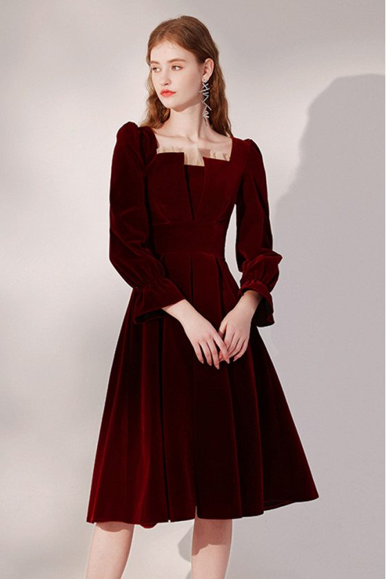 Retro Pleated Velvet Burgundy Party Dress with Long Sleeves - HTX96024