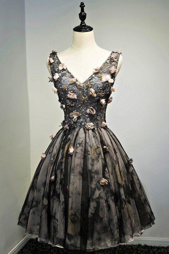 Vintage Black V-neck Short Prom Dress With Petals Sleeveless - MDS17058