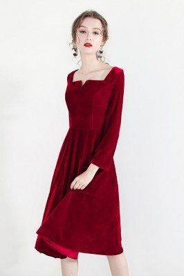 Retro Burgundy Velvet Short Party Dress With Square Neckline Long Sleeves - HTX97026
